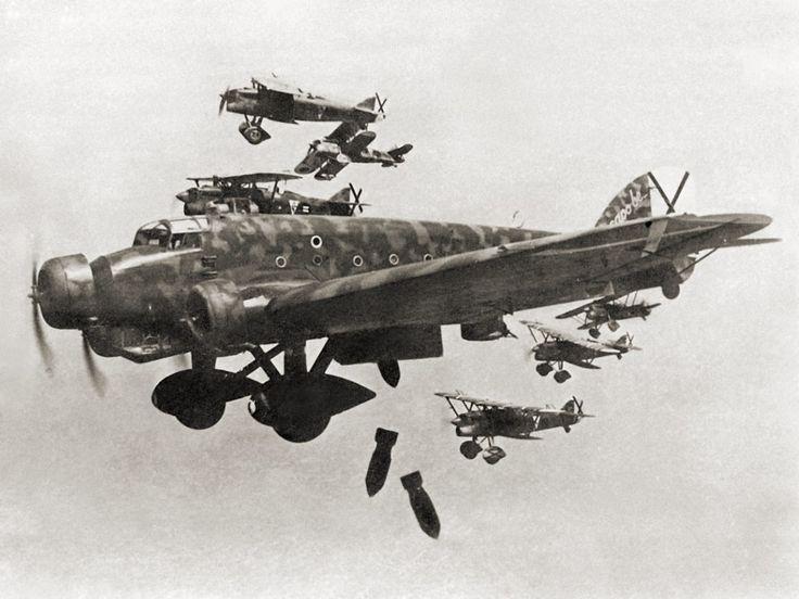 Nationalist SM.81 aircraft bomb Madrid during the Spanish Civil War, November 1936.