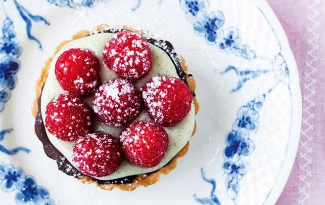 Hindbærtærter med mazarin og creme