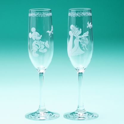 Minnie Amp Mickey Champagne Wedding Glasses Disney