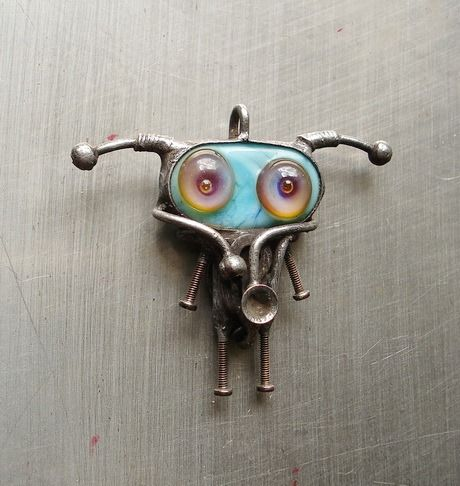 Alien necklace Paranormal jewelry Ufo gifts Robot pendant I want to believe Gift for scientist Space creature Spaceman Steampunk jewellery Dieselpunk pendant Cyberpunk necklace. this is our long-standing work. New works you can see here: https://www.etsy.com/shop/AliensCrafts