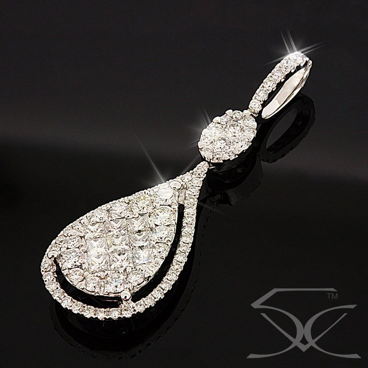 Diamond Chandelier Pendant White Gold Suite 403, Level 4 250 Pitt Street, Sydney Tel: (02) 9261 5005 http://ow.ly/UYgC30aqxNO  #White_Gold #Diamonds #TwinkleDiamonds #Diamond_Pendant