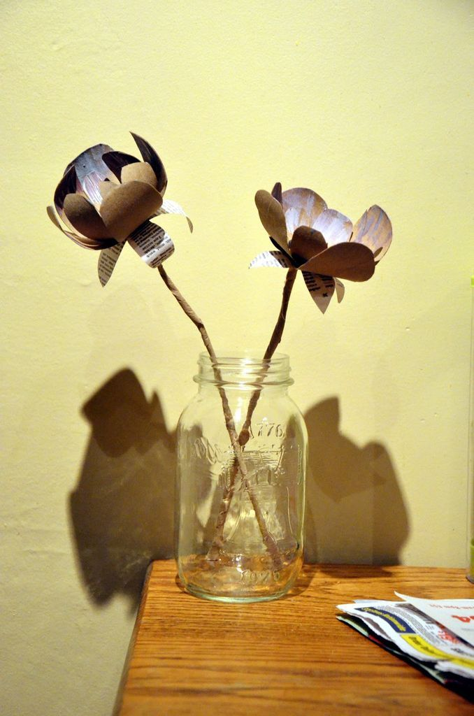 flowers from toilet paper rolls