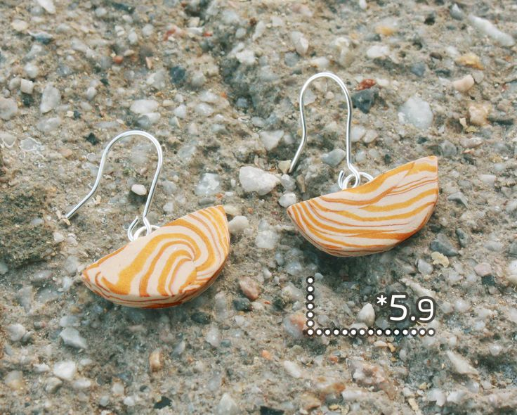 Autumn/Φθινόπωρο 2016/ κρεμαστά σκουλαρίκια με χάντρες από πολυμερικό πηλό και επάργυρα κουμπώματα/ code*5.9