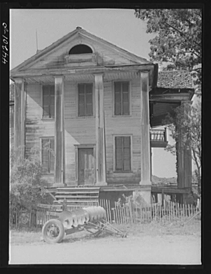 Old plantation home in Penfield, Greene County, Georgia May 1941 Jack Delano