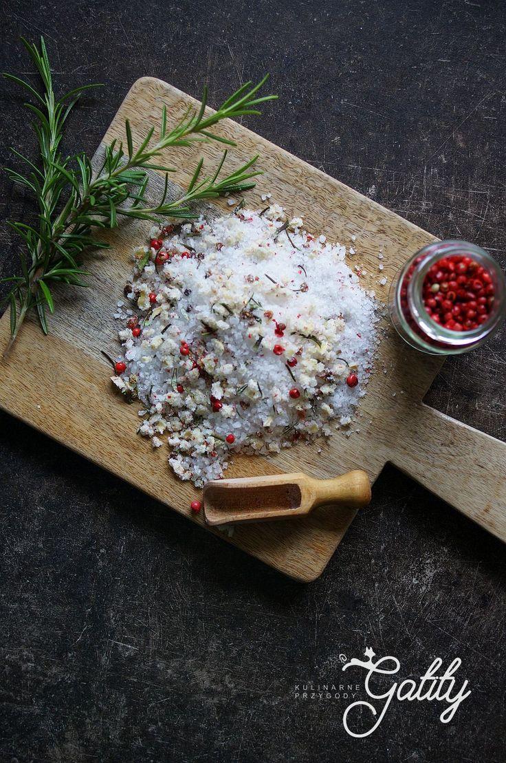 Kulinarne przygody Gatity - przepisy pełne smaku: Sól ziołowa z rozmarynem