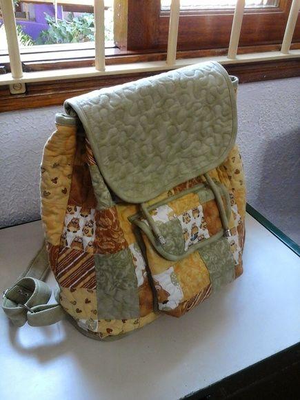 Mochila quadradinhos | Ateliê Arte em Pedaços | Elo7
