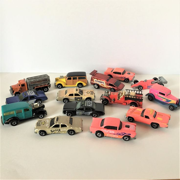 Vintage Mixed Lot of 14 Hot Wheels Woody Wagon Star Taxi Police Cars  #Mattel