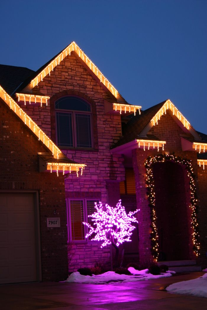 Two Storey House With Fairy Lights Outdoor Christmas Tree Lights Pink Lights On A Small Outdoor Christmas Decorations Outdoor Christmas Outdoor Christmas Tree