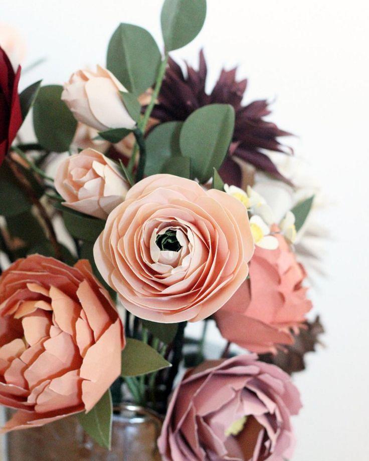 70 best Paper Flowers images on Pinterest   Paper flowers, Flower ...