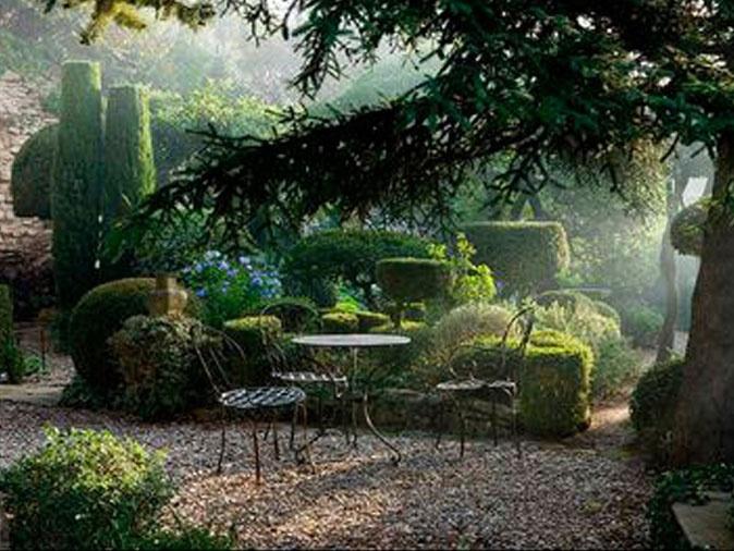 plus de 1000 id es propos de jardin en provence sur pinterest provence umbria italy et. Black Bedroom Furniture Sets. Home Design Ideas