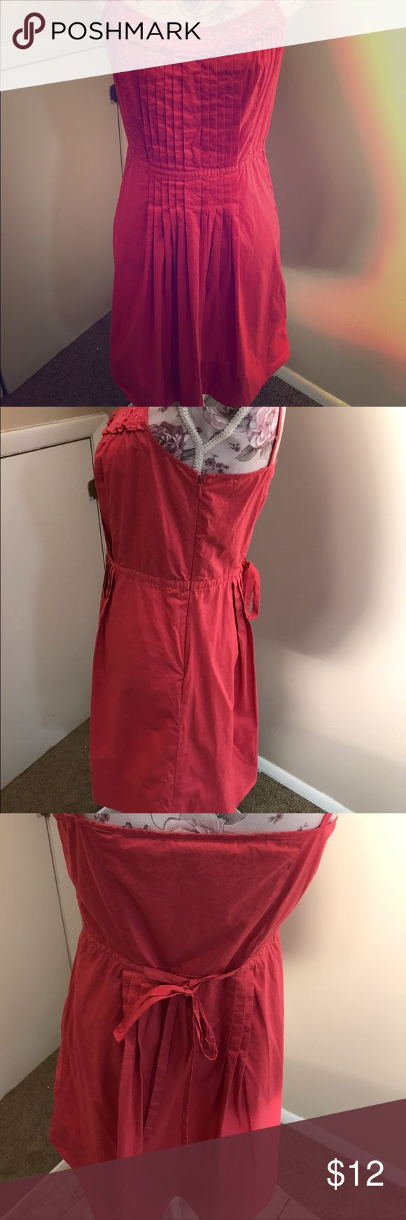 Anne Taylor Loft Sundress Size 6 This Classic Spaghetti Strap Sundress From Anne Taylor is Beautiful,Pleats Down The Front ,Zipper On The Side  ,Ties In The Back .It Is A Pink /Wine Color .Looks Great With Flip Flops Or Heels - Size 6 Anne Taylor Intimates & Sleepwear