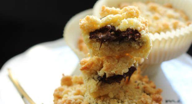 Muffin crumbleAh les petits gâteaux hybrides ont toujours un succés fou ! Cette fois, on a testé et approuvé la recette du muffin crumble.