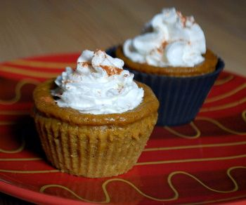 Pumpkin Pie Cupcakes with a crust without using a crust!: