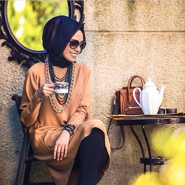 I like the creativity of hijab street fashion