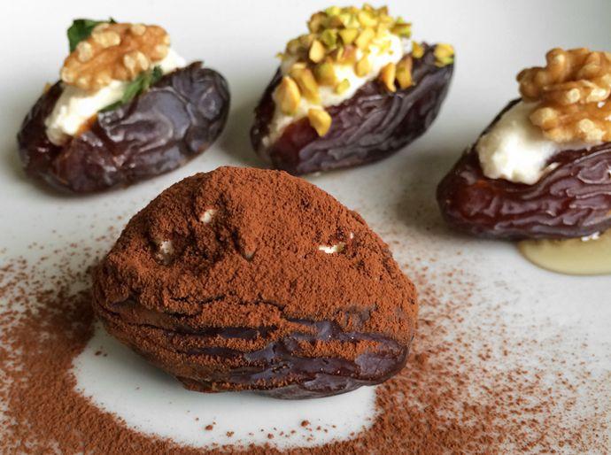 gevulde dadels, recept gevulde dadels, recipe stuffed dates, stuffed dates