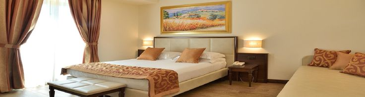 Hotel Athena- In Siena, 10 min walk to Il Campo, free breakfast, free parking 39,566 points