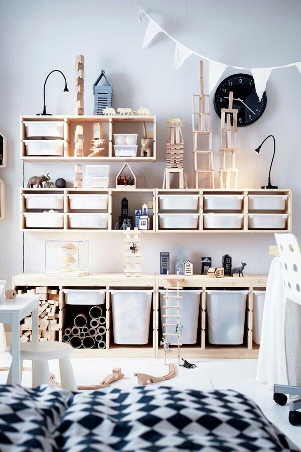 Snygga hyllor och förvaring från IKEA.