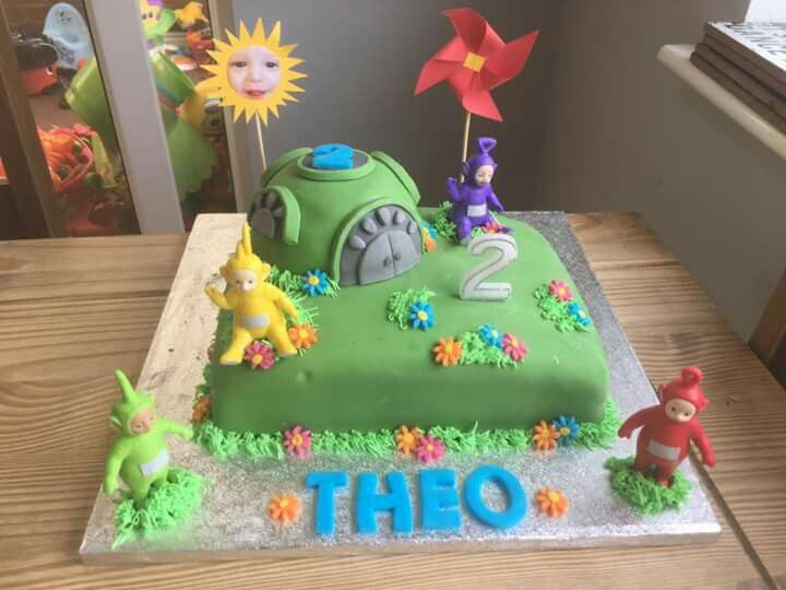 how to make cake flowers 25 best ideas about teletubbies cake on po 4987
