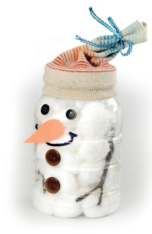 Snowman in a jar; recycle a mayonnaise jar or other plastic or glass jar into your own Mr. Frosty!