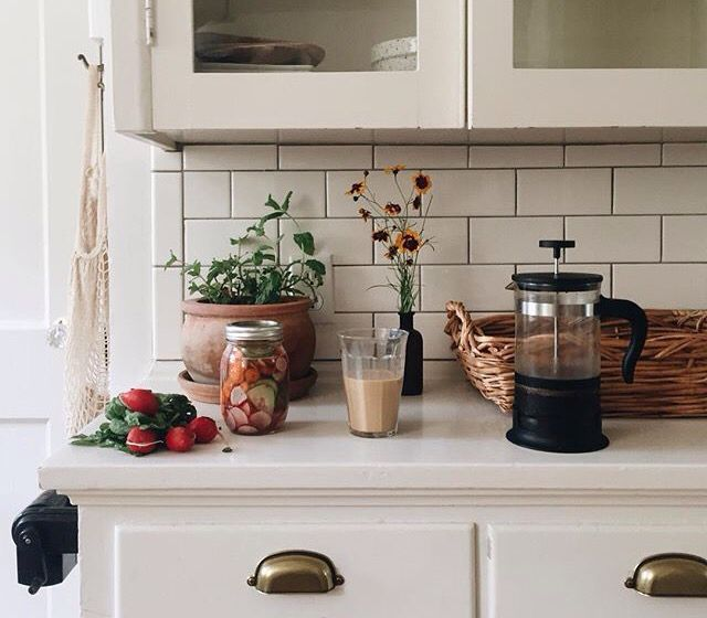 subway tiles & breakfast prep | let's stay home