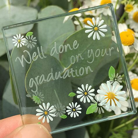 This miniature token is so sweet and the perfect gift for someone just graduating! Extremely cute, this will definitely be a treasured item long after the gowns have been dry cleaned and returned... something to appreciate for years. #Love #Spaceform #Daisies #Cute #Graduation #Gift #London