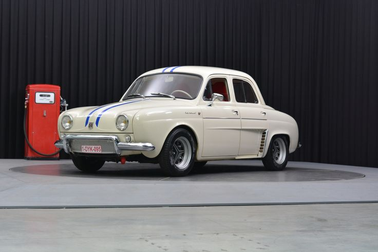 the 25 best renault dauphine ideas on pinterest renault dauphine gordini renault 4 and renault 4. Black Bedroom Furniture Sets. Home Design Ideas