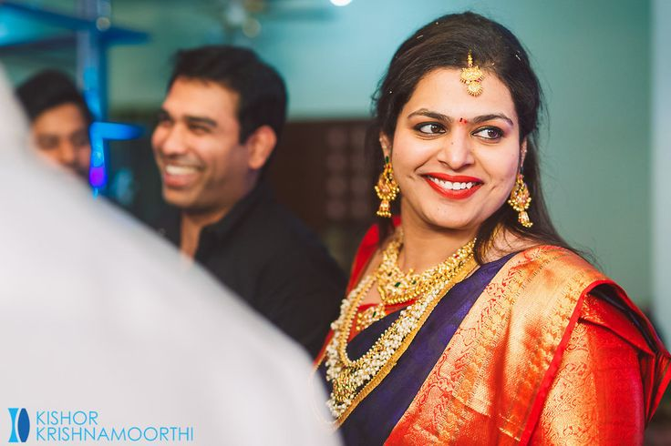 Decor : Bride's Cousins Bride's Outfit : Prakash Sarees, Kancheepuram Hair & MAU : Babita Location : Bride's Residence Photography : Kishor Krishnamoothi