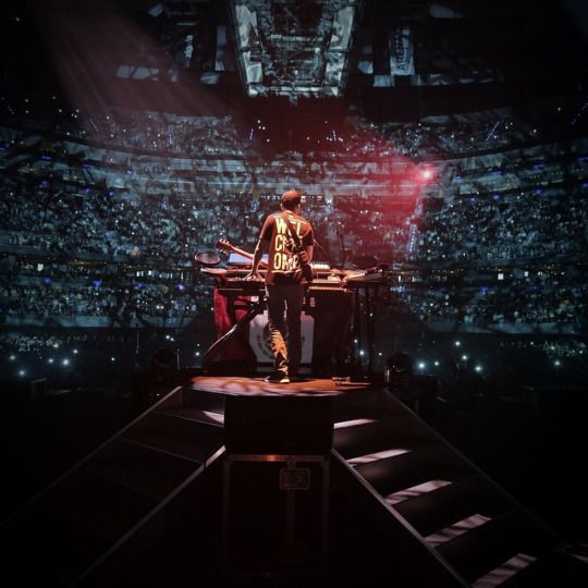 Linkin Park setlist in Mexico City. #TheHuntingPartyTour #LPMexico  01. Papercut 02. Given Up 03. Points Of Authority (replacing Rebellion) 04. One Step Closer 05. A Line In The Sand 06. From The Inside 07. Runaway (Short; w/ transition) 08. Wastelands 09. Castle Of Glass Experience 10. LOATR/SOTD/Iridescent 11. Robot Boy (Short) 12. Joe Solo Medley 13. New Divide 14. Breaking The Habit  15. Darker Than Blood (Short) 16. Burn It Down 17. Final Masquerade 18. Mike Solo Medley (RTN verse) 19…