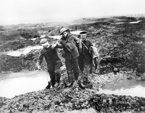 De Slag aan de Somme was een grote slag ten noorden van de rvier de Somme tussen de plaatsen Albert, Bapaume en Péronne. Het slagveld had de vorm van een driehoek. Op deze plek werken op 15 september 1916 voor het eerst tanks ingezet. Het was een van de grootste veldslagen van de Eerste Wereldoorlog met meer dan een miljoen doden.