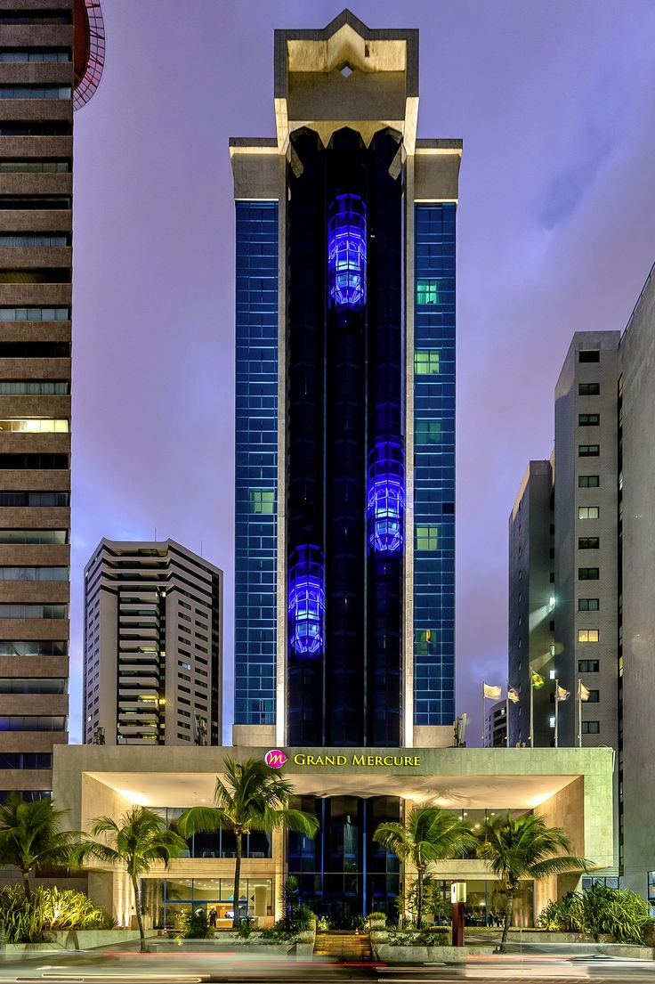 Can you see the elevators? @ Grand Mercure Recife Atlante Plaza #Brazil