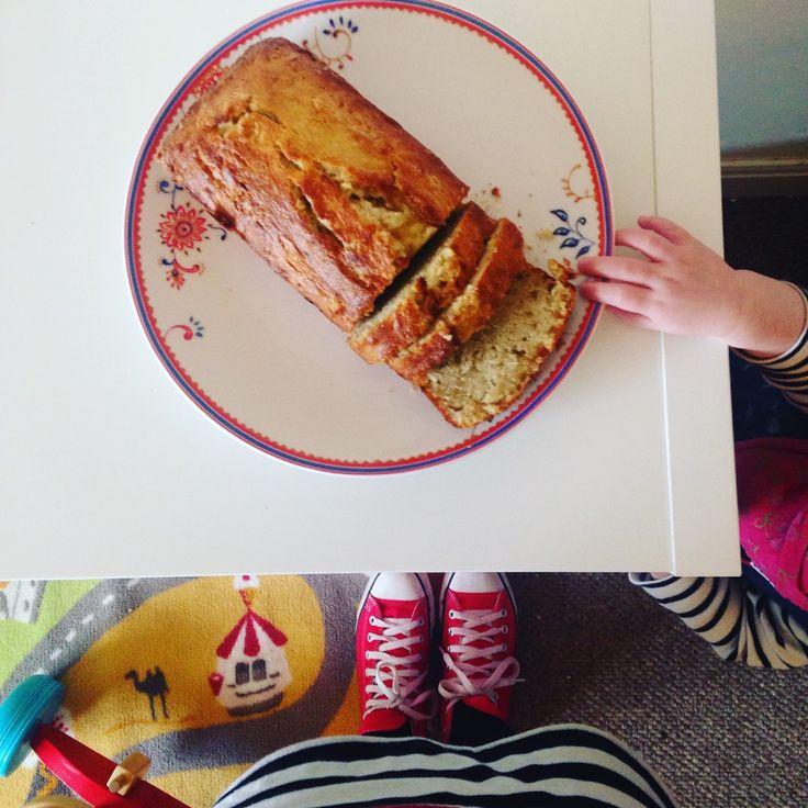 Nelly's Cupcakes: Mum's Banana Bread Recipe.