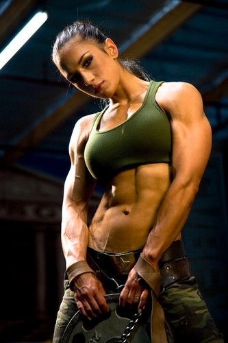 """""""Muscle Building Q & A: 10 Fitness Industry Experts Tell"""
