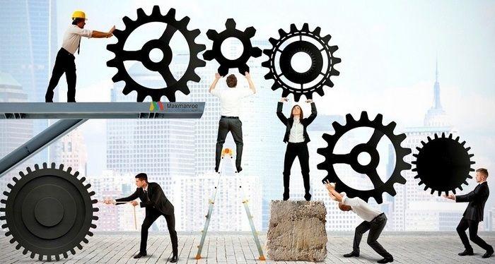 Pengertian Manajemen Operasional secara umumadalah sebuah usaha pengelolaan secara maksimal dalam penggunaan berbagai faktor produksi, mulai dari sumber daya manusia (SDM), mesin, peralatan (tools), bahan mentah (raw material), dan faktor produksi lainnya dalam proses mengubahnya menjadi beragam produk barang dan jasa