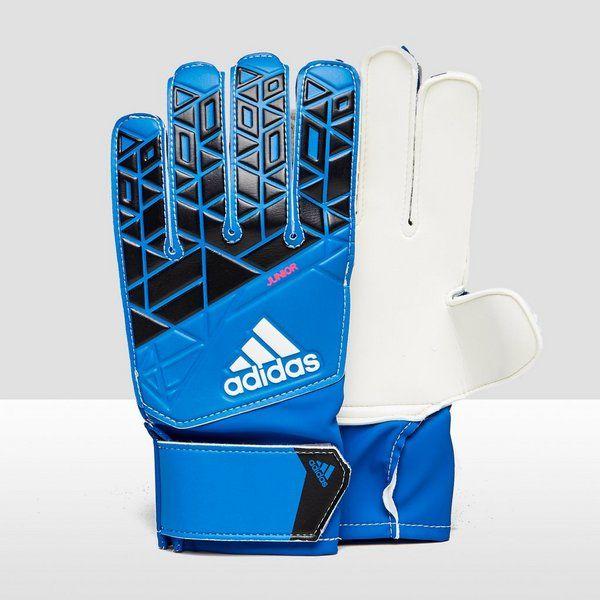 6: Keepershandschoen maat 5 in blauw of fluorgeel €14,99 bij actiesport  https://www.aktiesport.nl/product/adidas-ace-keepershandschoenen-blauwzwart-kinderen/424a081_214_aktiesport/