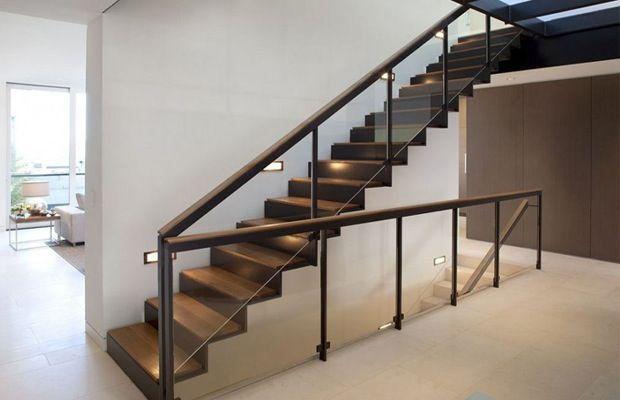 Afbeeldingsresultaat voor stalen trap houten treden