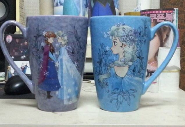 Frozen mugs of Elsa and Anna. ☕️❄️