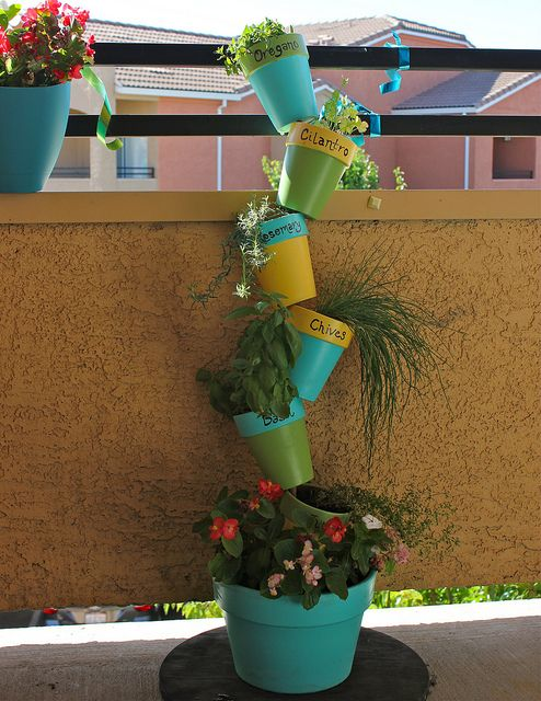 Balcony Herb Garden | Just Two Crafty SistersJust Two Crafty Sisters