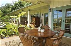 Iao Valley Inn in Wailuku, Hawaii | B&B Rental