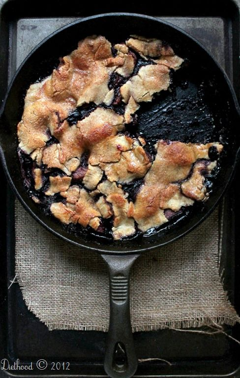 Apple Berry Pie | diethood.com