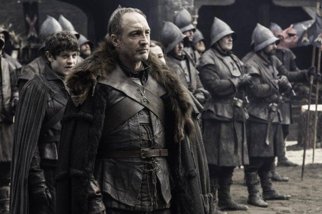Michael McElhatton and Iwan Rheon in Game of Thrones (2011)