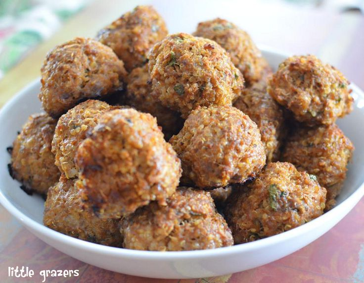 These Beef, Apple and Quinoa Balls are great for the entire family. I love them dipped in sweet chilli sauce and my almost 1 year old devoured her's just as they are. Beef, Apple and Quinoa Balls M...