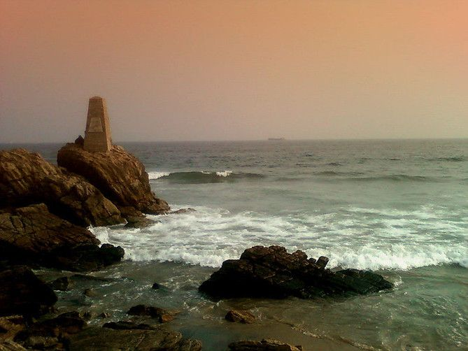 The Most Popular #Ramakrishna_Beach_Visakhapatnam - The beach is one of the best known beaches apart from the #Marina_beach in this part of the country. Many #tourists were seen bathing, swimming and playing beach volley ball, which are undoubtedly a few of the most common activities there.