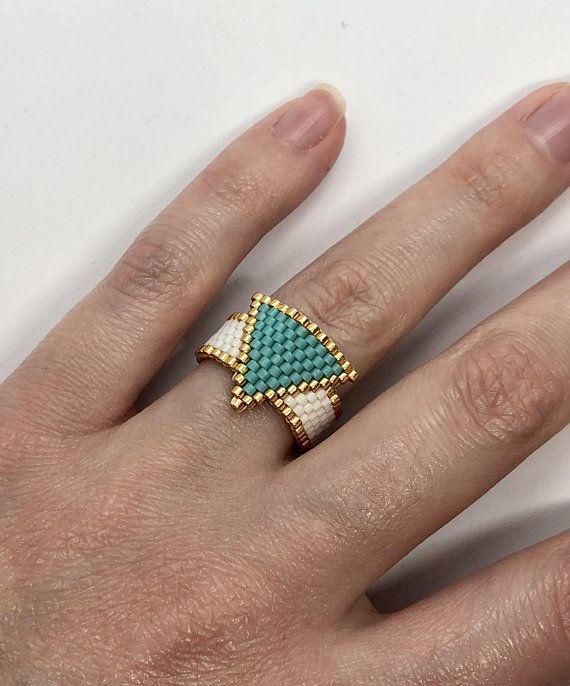 Peyote beaded triangle ring white/turquoise/gold