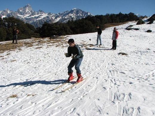 Do you possess the passion for skiing in India? If yes, then this is the post which is just right for you. India offers some of the enticing destinations for indulging in skiing. Skiing is a sport which is tailor made for the individuals who possess passion for adventure. #365Hops, #skiing, #skiinginIndia