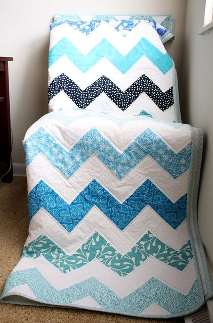 Chevron quilt. Really easy block pattern, though I've seen a lot of unnecessarily difficult blocks that achieve the same effect.
