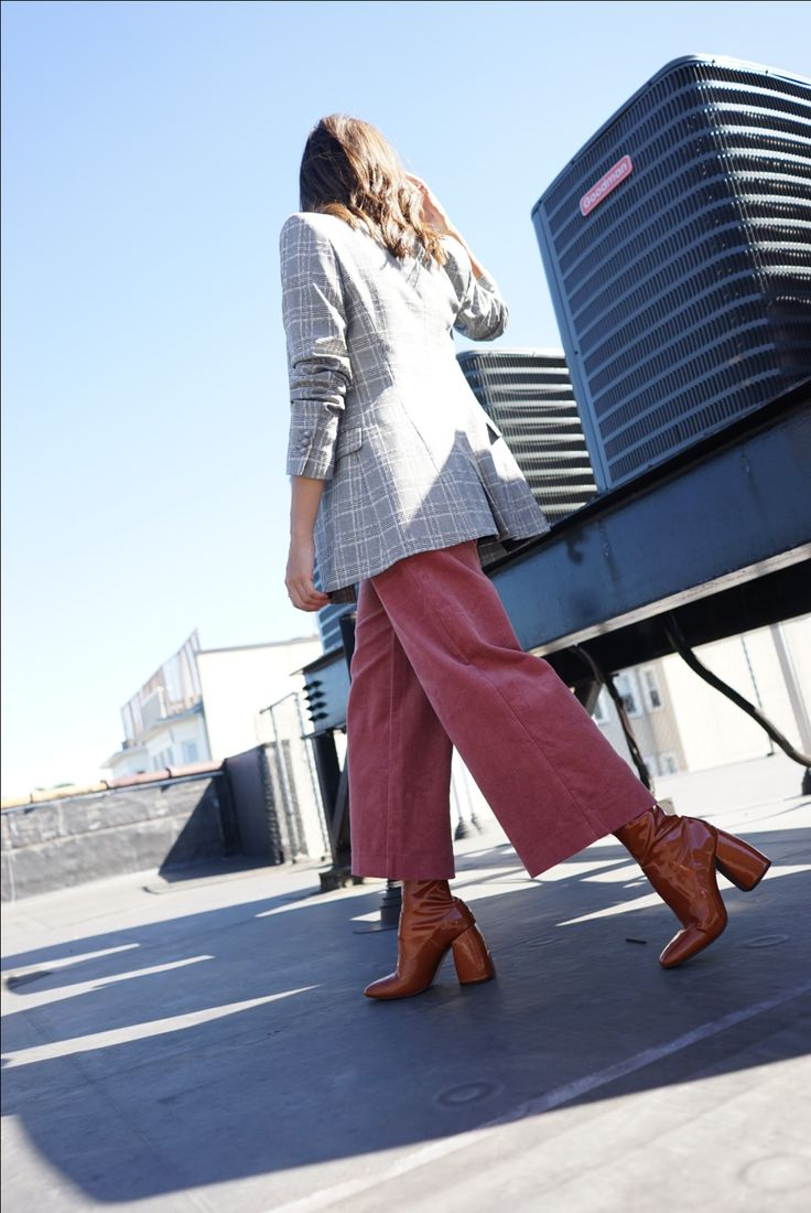Street style pink corduroy cropped zara pants with check blazer and patent brown leather mango boots