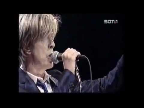 David Bowie Berlin 2002.. - YouTube
