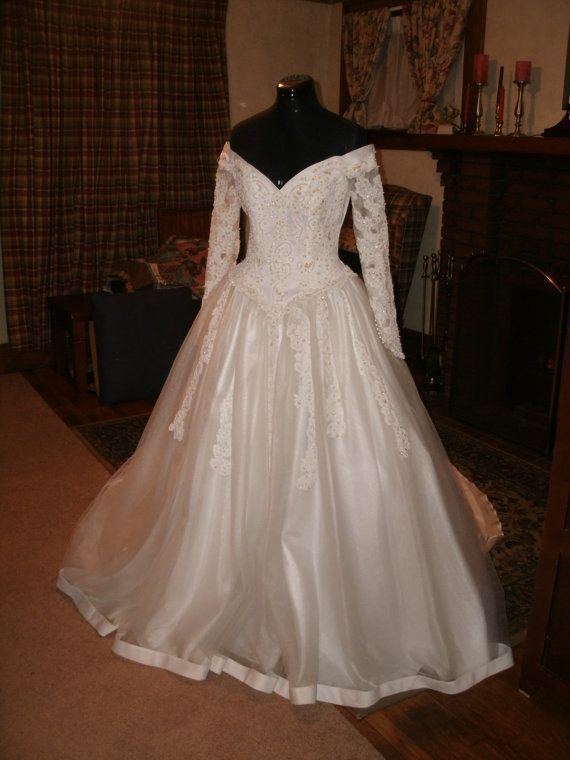 Sweatheart Gowns creation in Bright white off shoulder by Myckkia, $775.00