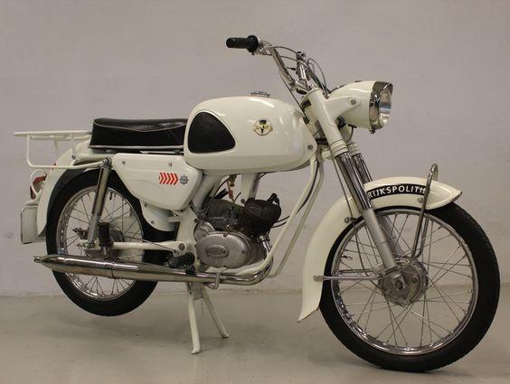 238 besten moped und motorrad 50er bis 70er jahre bilder. Black Bedroom Furniture Sets. Home Design Ideas