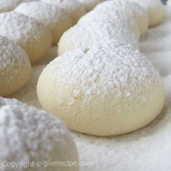 Turkish Flour Cookies. Melting in your mouth! | giverecipe.com | #cookies #turkish